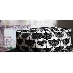 Tela Glorious color Negro, idea de tapizado